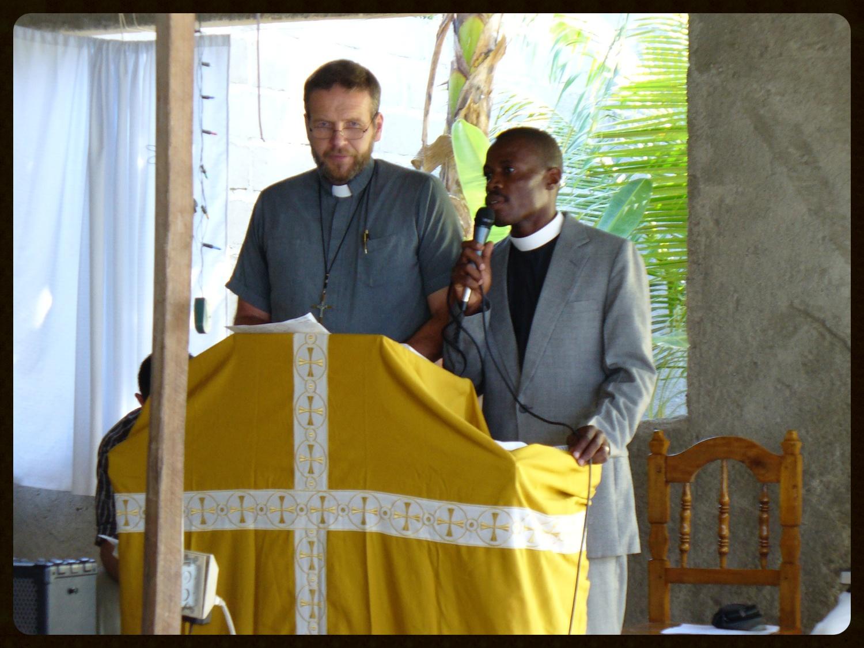 Sam Wiseman and Daniel Paul preaching in Ouanaminthe, Haiti.