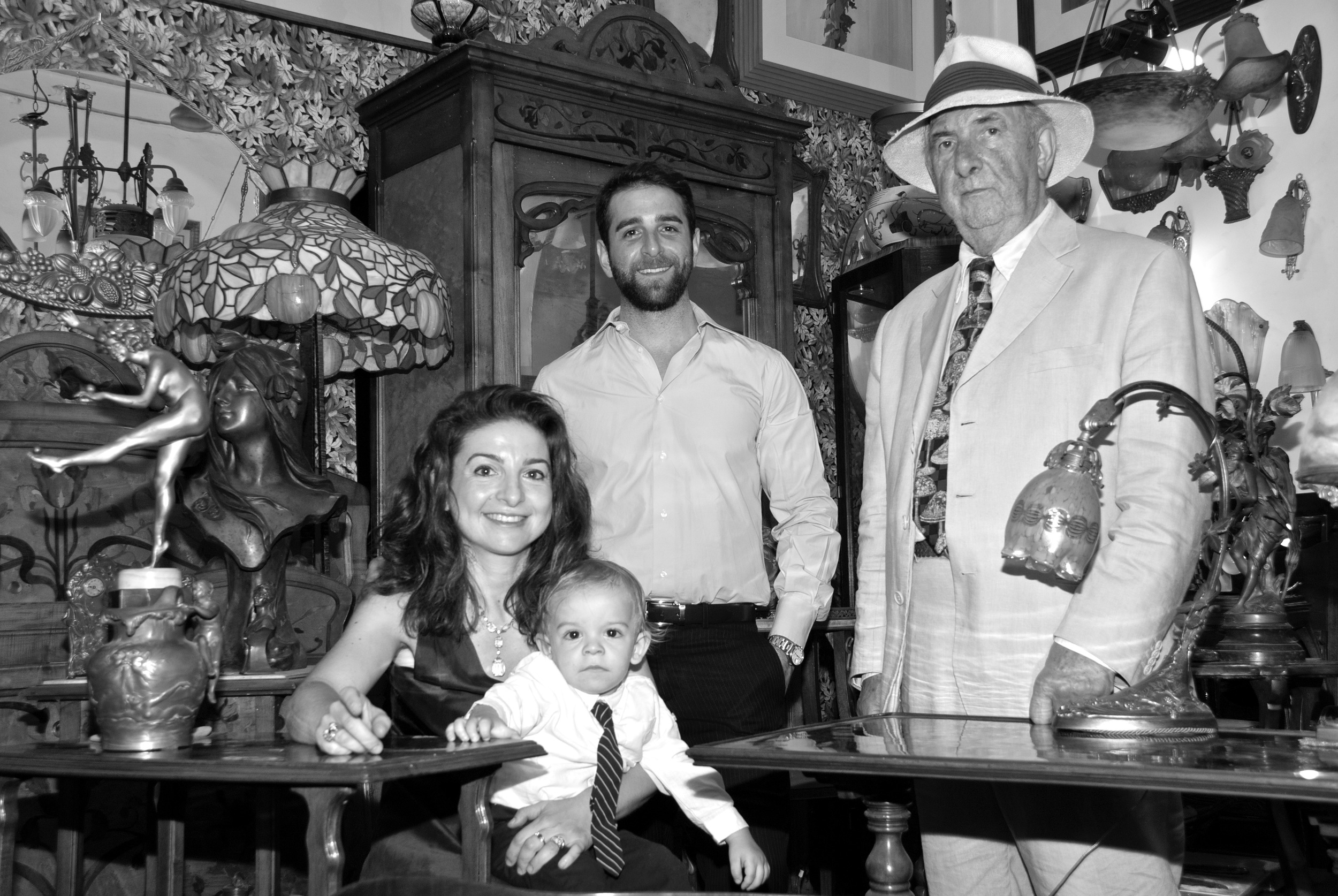 The Bruschini Tanca family in their gallery: from the left Chiara Bruschini Tanca, holding his son Matteo, the new and 4th generation, at her back Francesco Bruschini Tanca, her brother and on the right Mr. Guido Bruschini, their father.