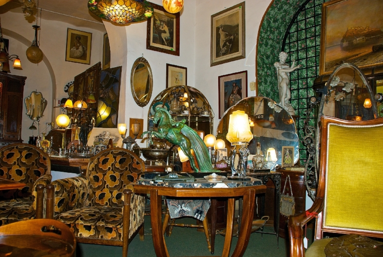 Interior - Via dei Coronari, 8 - Bruschini Tanca Antiques