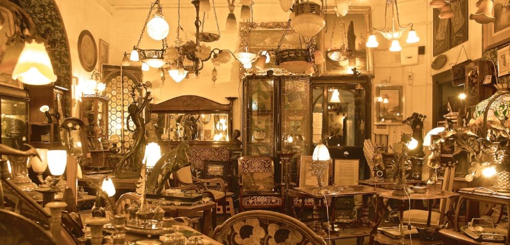 Interior - Bruschini Tanca Antiques - Via dei Coronari, 8