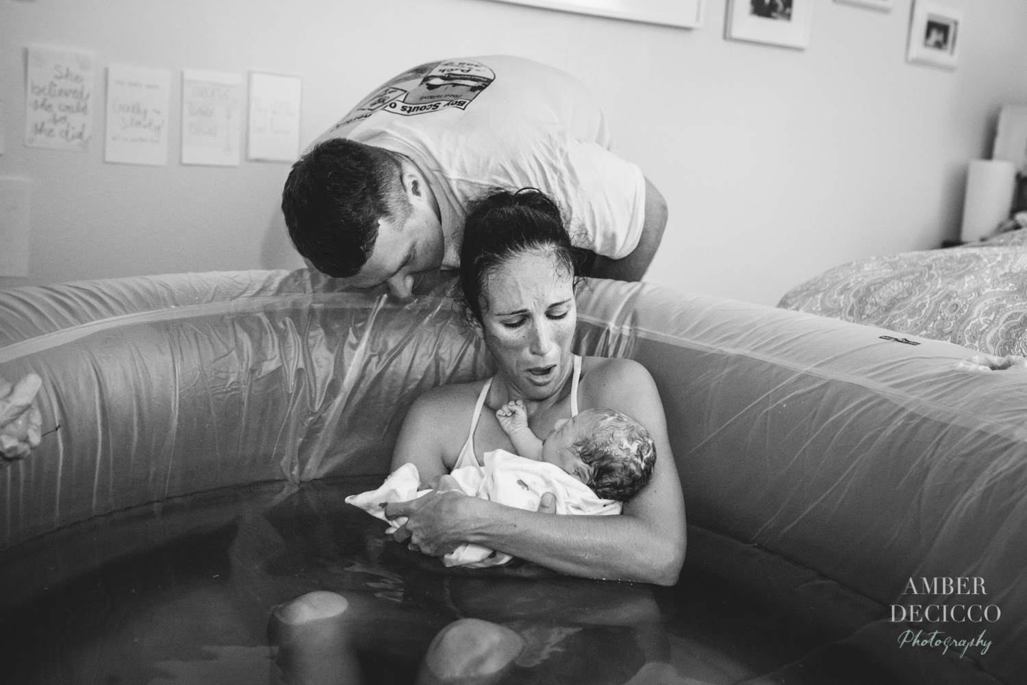 water-birth-amberdeciccophotography