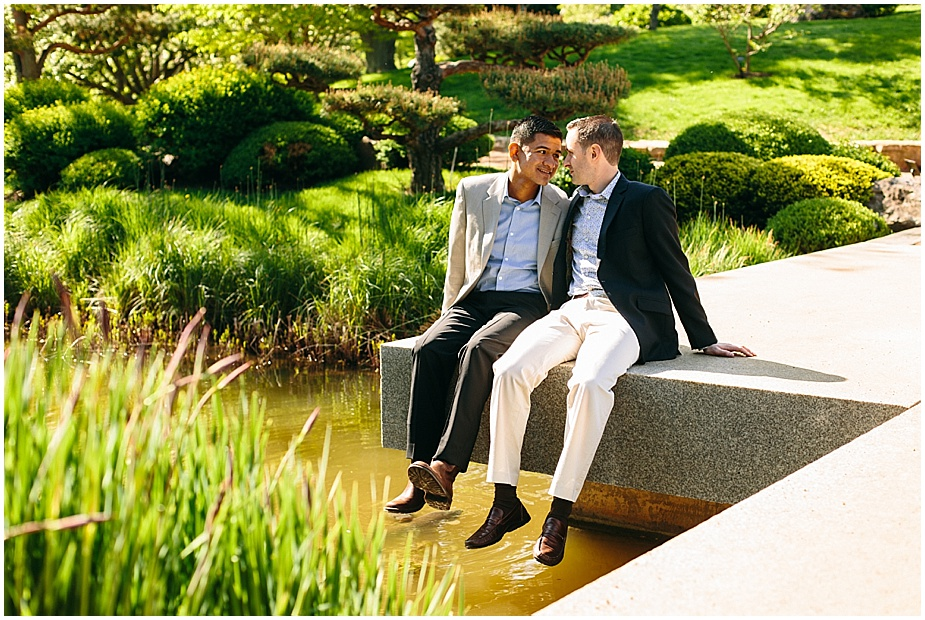 Same-Sex-Gay_Engagement-session-chicago-botanic-gardens_0006