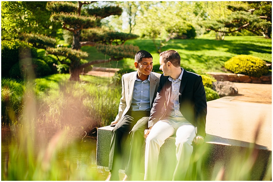 Same-Sex-Gay_Engagement-session-chicago-botanic-gardens_0007
