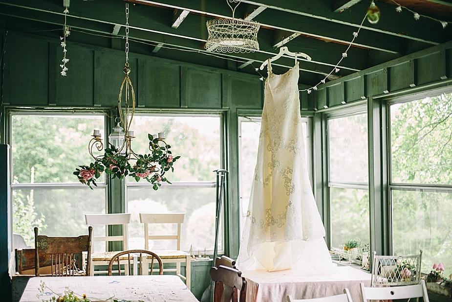 Austin+Hannah+Chicago-DIY-Wedding-Photography_0018