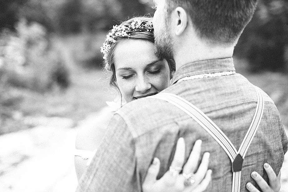 Austin+Hannah+Chicago-DIY-Wedding-Photography_0030