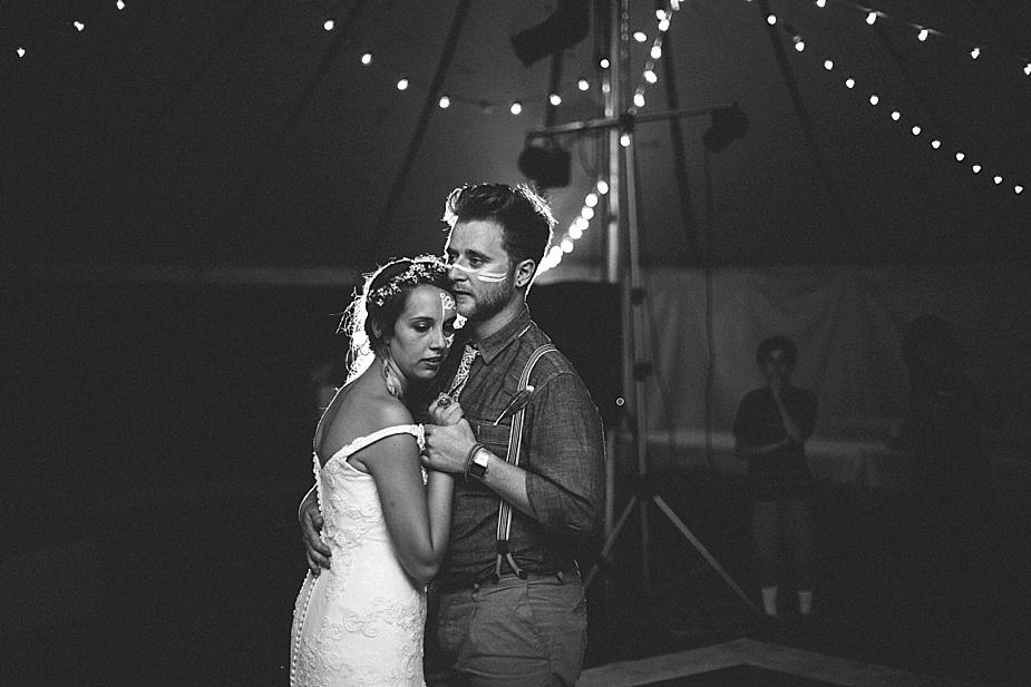 Austin+Hannah+Chicago-DIY-Wedding-Photography_0072