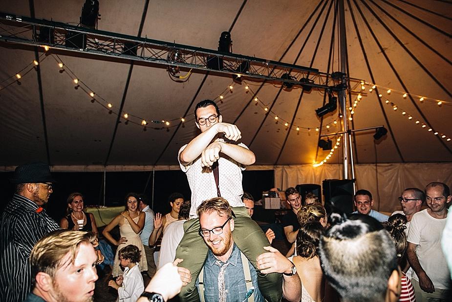 Austin+Hannah+Chicago-DIY-Wedding-Photography_0077