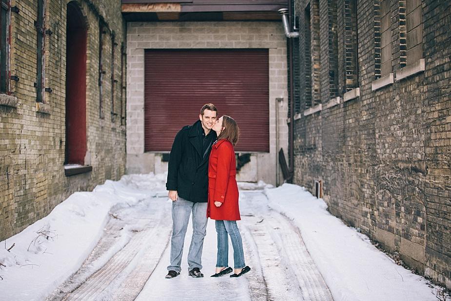 Nick-Megan-Milwaukee-Engagements_0010.jpg