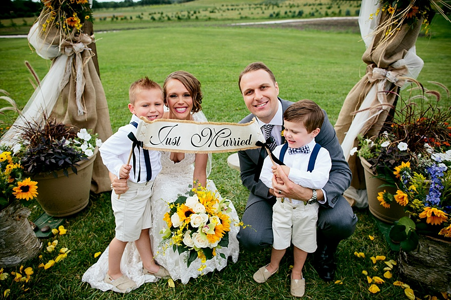 Marinacci_Kuipers-Farm-Rustic_Milwaukee-Wedding-Photographer_0045.jpg