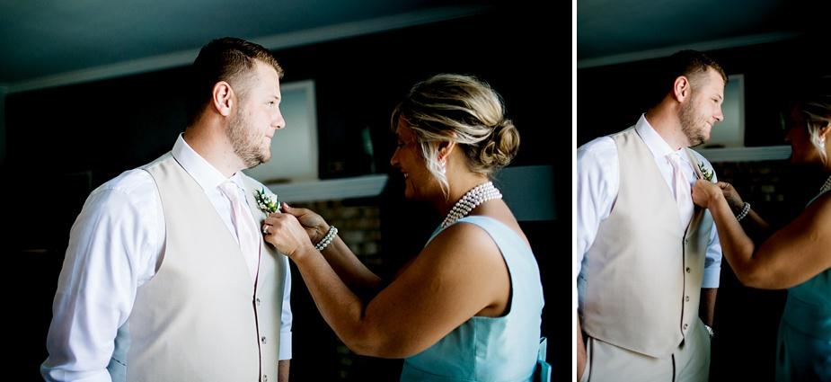 Taylor+Lauryn-Barn-Wedding-Milwaukee-Wedding-Photographer_0006.jpg