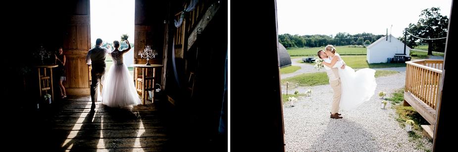 Taylor+Lauryn-Barn-Wedding-Milwaukee-Wedding-Photographer_0071.jpg