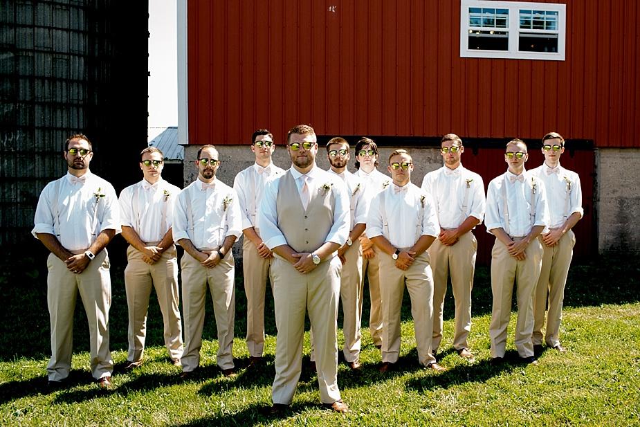 Taylor+Lauryn-Barn-Wedding-Milwaukee-Wedding-Photographer_0048.jpg
