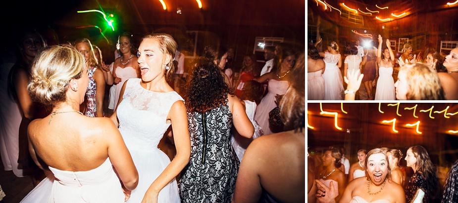 Taylor+Lauryn-Barn-Wedding-Milwaukee-Wedding-Photographer_0091.jpg