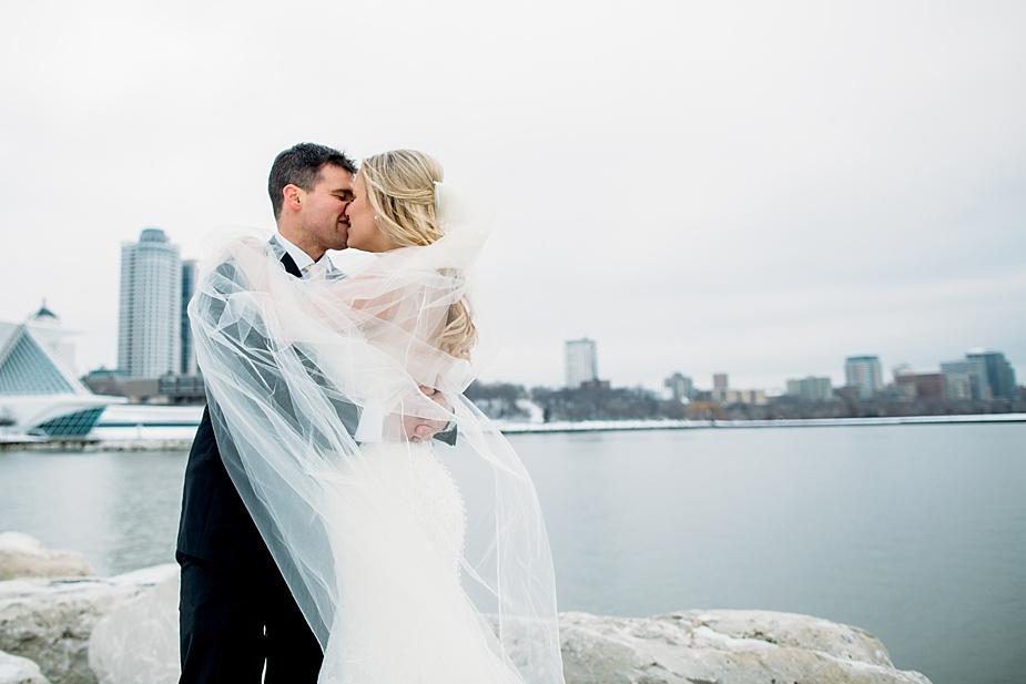 Milwaukee Wedding Photographer, Pfister Wedding, lakefront portraits, winter wedding