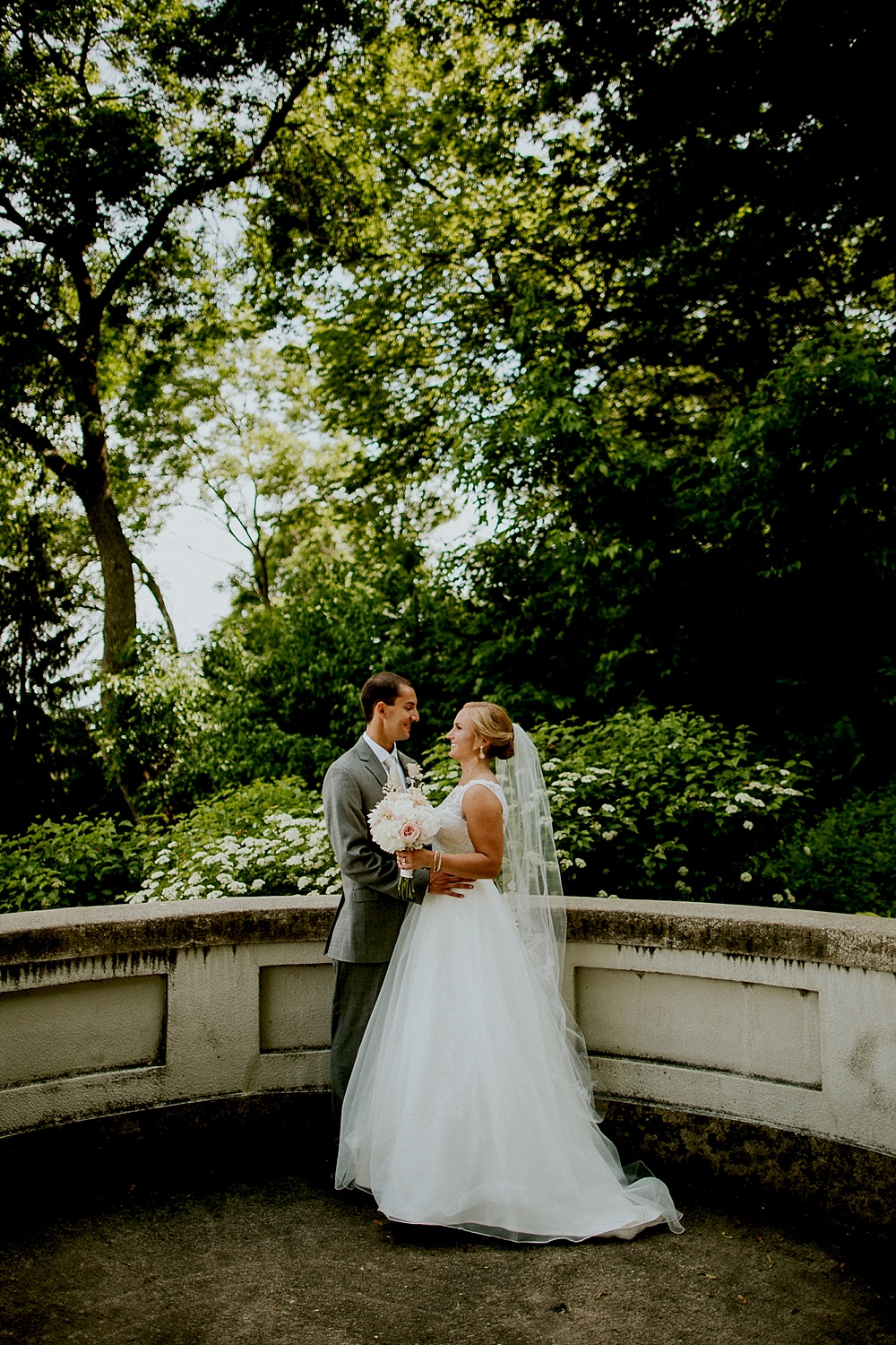 Lake Park Wedding - Milwaukee Wedding Photographer