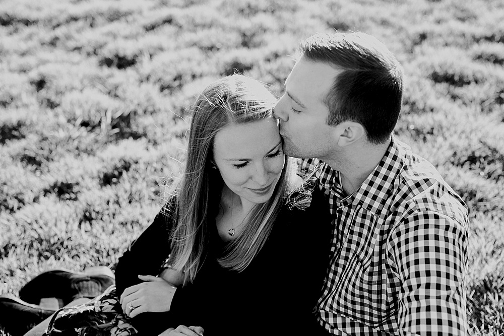 Brian+Ashley_Chicago-Engagement-Session_LillerPhoto_0010.jpg