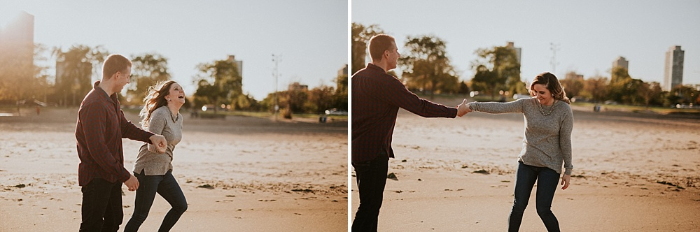 Mike-Amanda-Autumn-Fall-Chicago-Engagements_0012.jpg