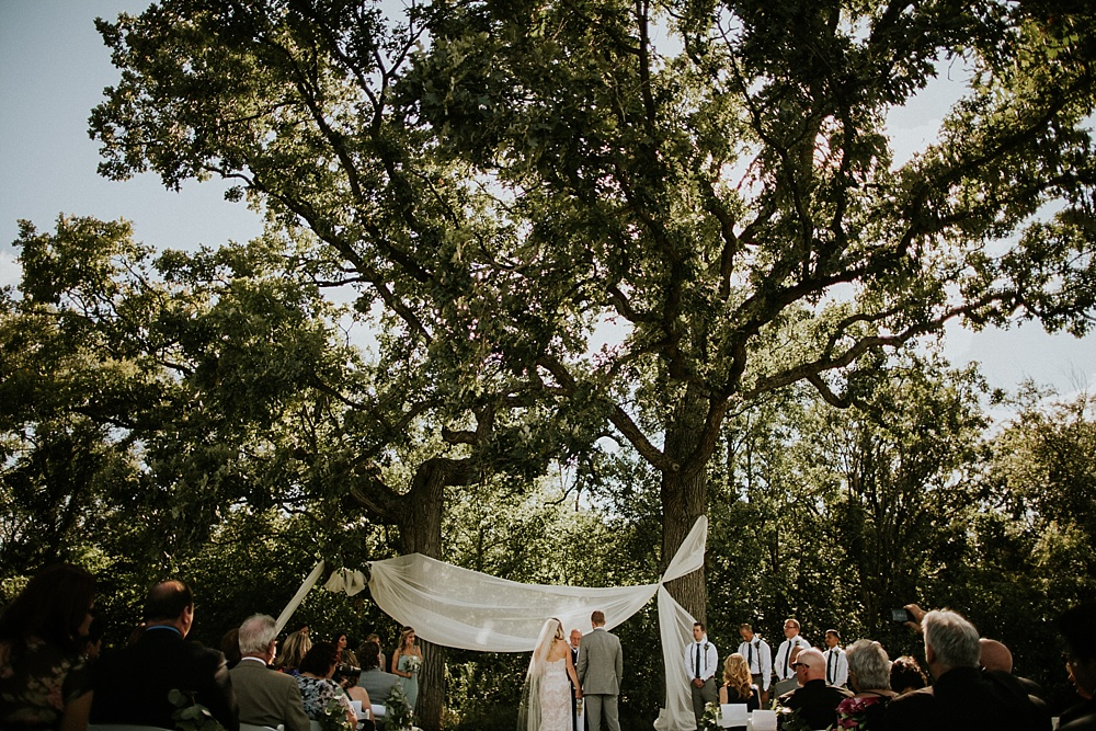 Mike-Amanda-Pavilion-at-Orchard-Ridge-wedding_0044.jpg