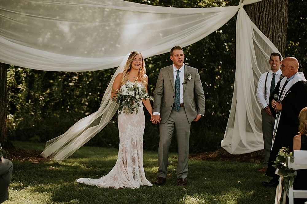 Mike-Amanda-Pavilion-at-Orchard-Ridge-wedding_0045.jpg