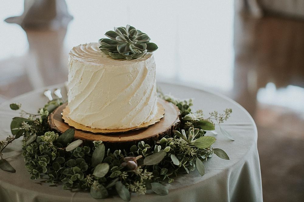 Mike-Amanda-Pavilion-at-Orchard-Ridge-wedding_0059.jpg