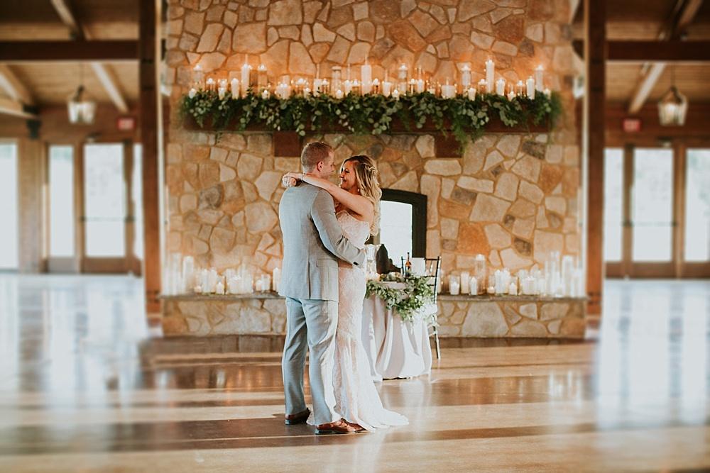 Mike-Amanda-Pavilion-at-Orchard-Ridge-wedding_0069.jpg