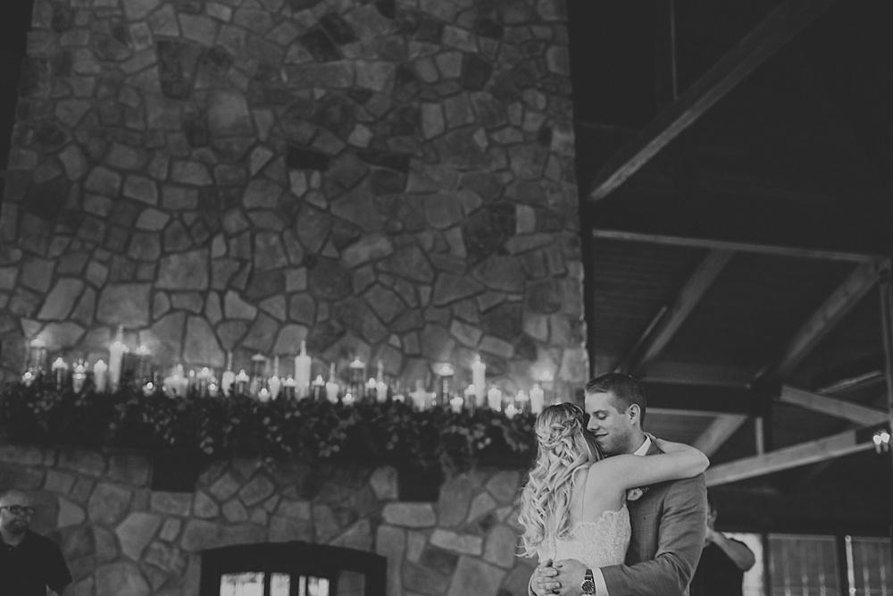 Mike-Amanda-Pavilion-at-Orchard-Ridge-wedding_0073.jpg
