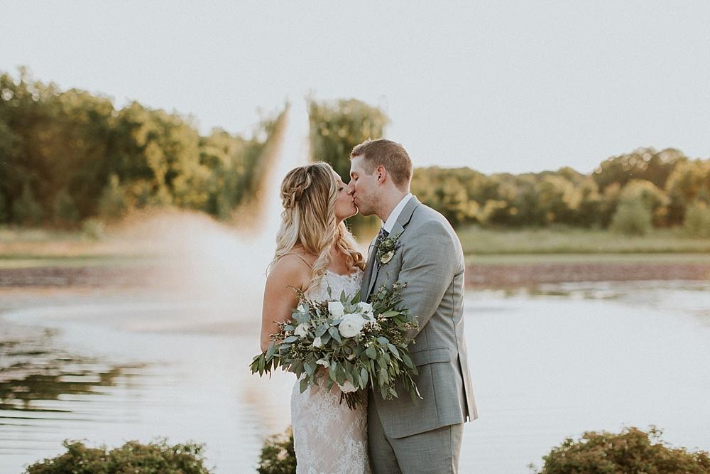 Mike-Amanda-Pavilion-at-Orchard-Ridge-wedding_0085.jpg