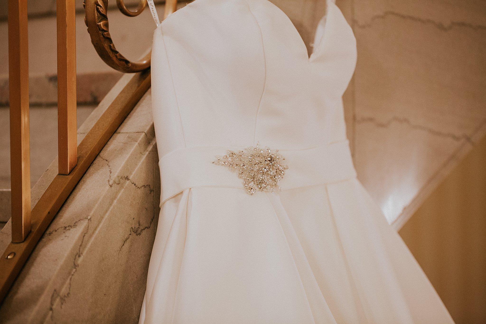 Matt-Lauren_St-Marys_Hilton-City-Center-Milwaukee-Wedding_liller-photo_0005.jpg