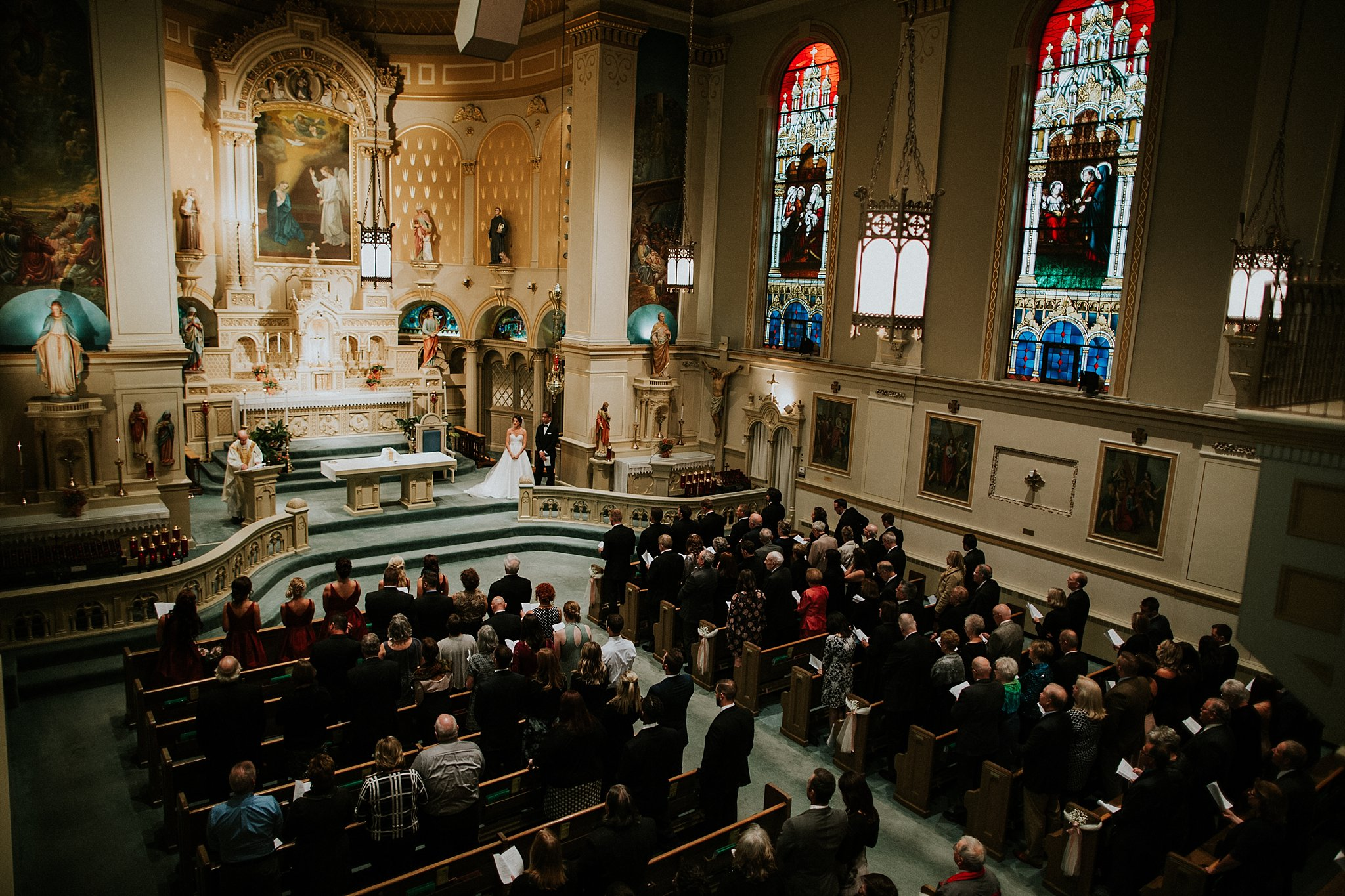 Matt-Lauren_St-Marys_Hilton-City-Center-Milwaukee-Wedding_liller-photo_0020.jpg