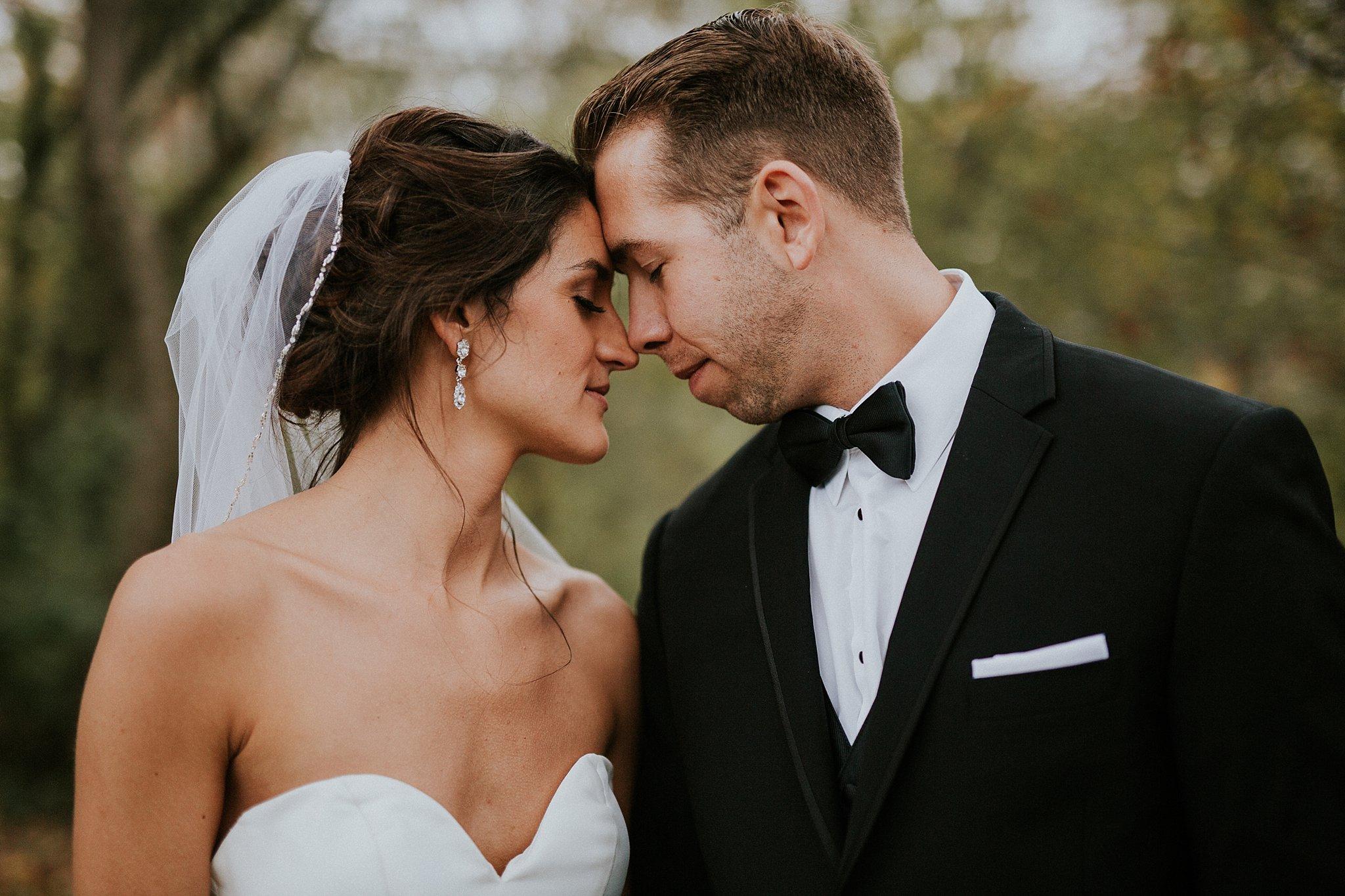 Matt-Lauren_St-Marys_Hilton-City-Center-Milwaukee-Wedding_liller-photo_0044.jpg