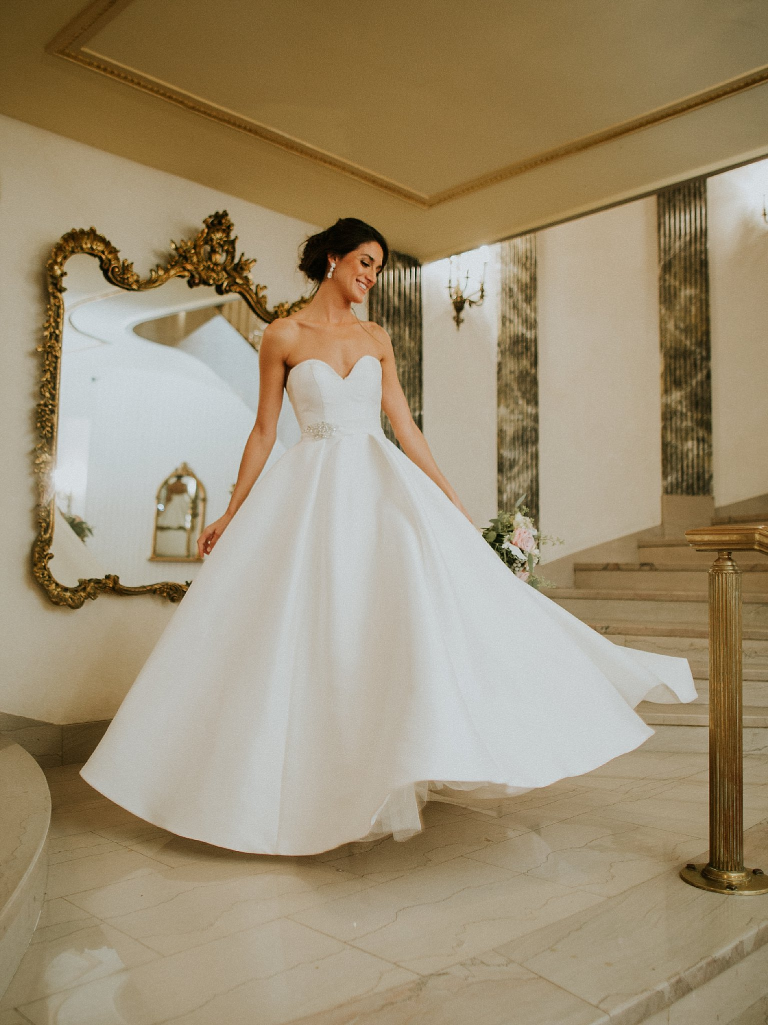 Matt-Lauren_St-Marys_Hilton-City-Center-Milwaukee-Wedding_liller-photo_0062.jpg