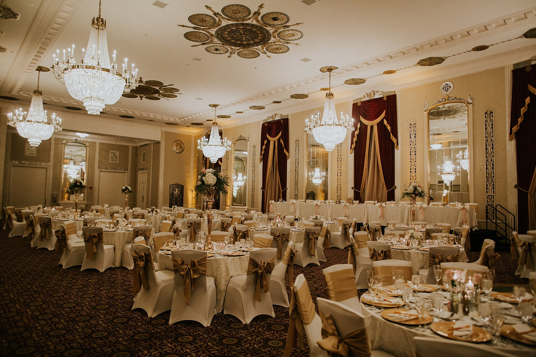 Matt-Lauren_St-Marys_Hilton-City-Center-Milwaukee-Wedding_liller-photo_0063.jpg