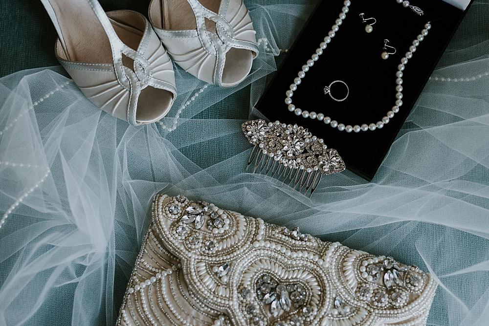 frank-madeline-winnetka-community-house-wedding_liller-photo_0003.jpg