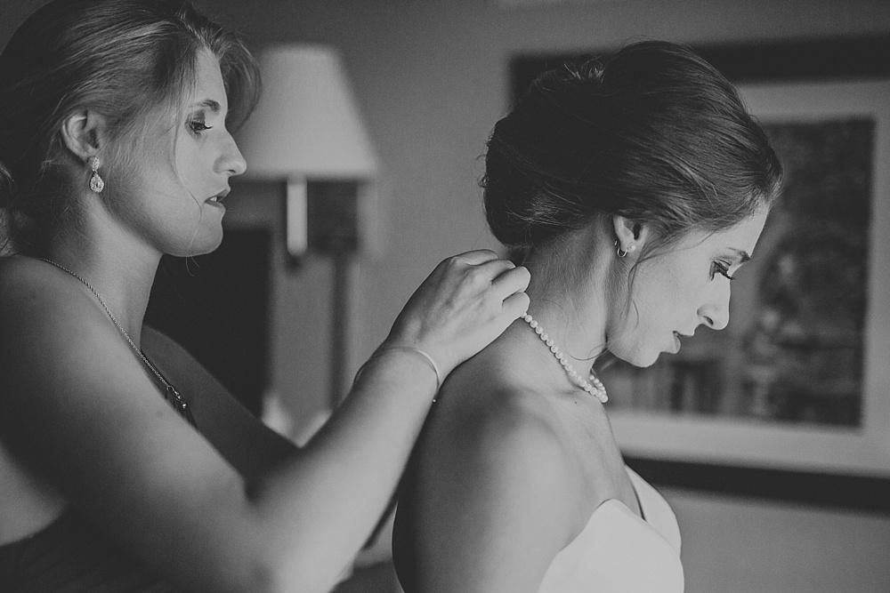 frank-madeline-winnetka-community-house-wedding_liller-photo_0013.jpg