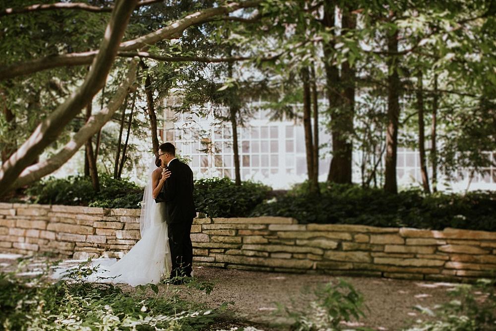 frank-madeline-winnetka-community-house-wedding_liller-photo_0027.jpg
