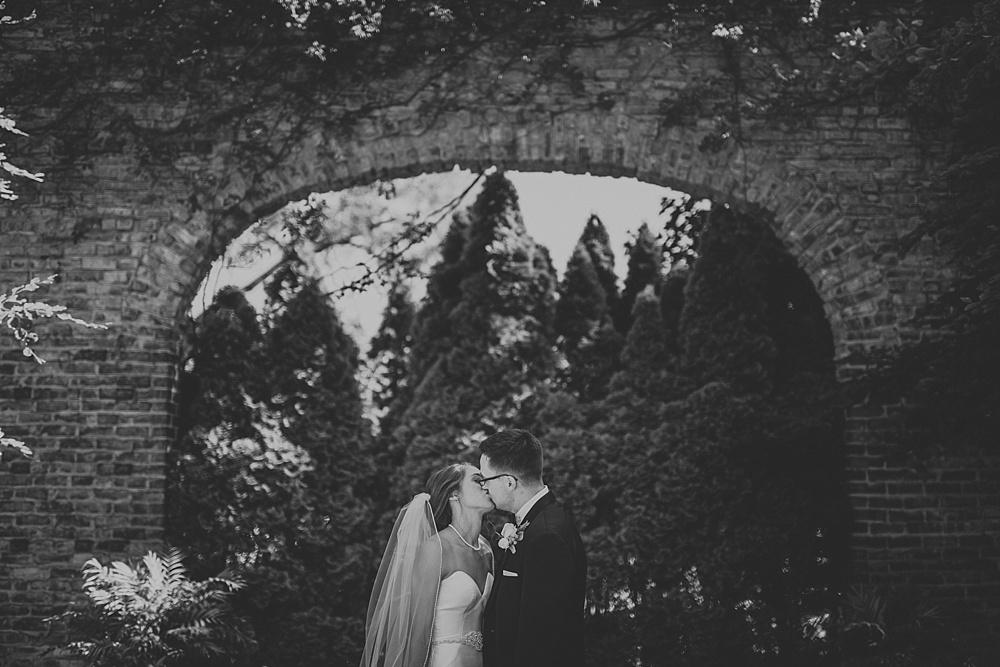 frank-madeline-winnetka-community-house-wedding_liller-photo_0068.jpg