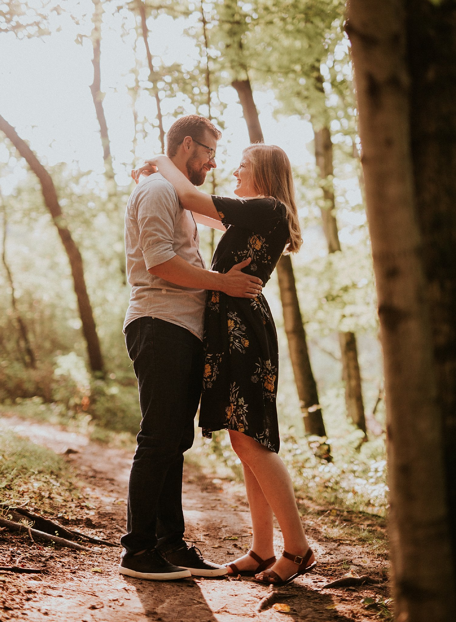 peter-katelyn_chicago-engagement-session_west-dundee-raceway-woods_0005.jpg
