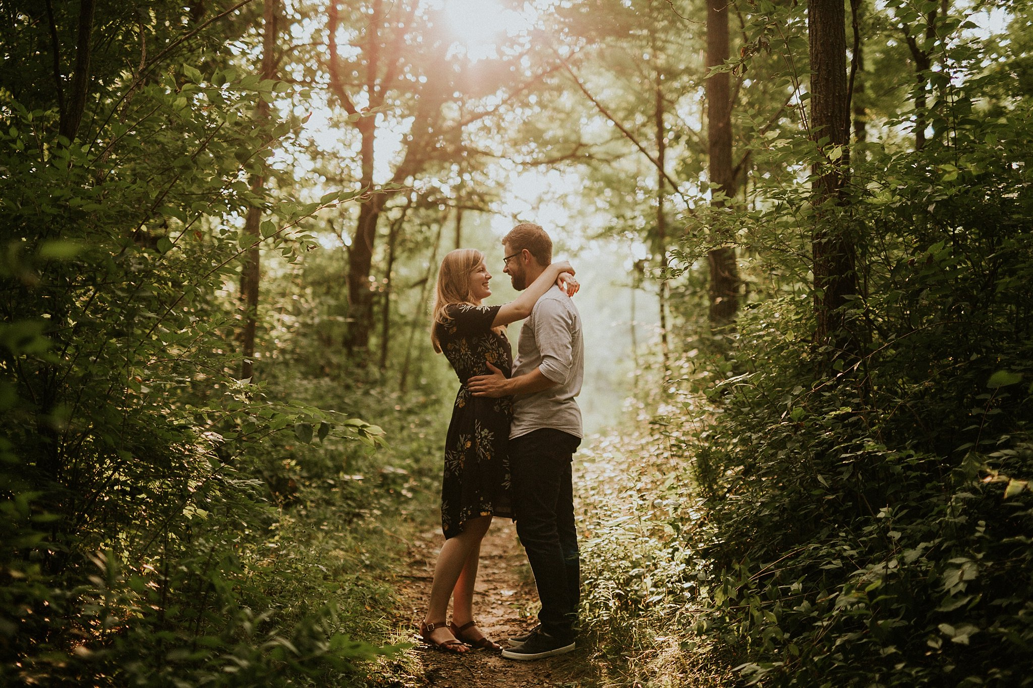 peter-katelyn_chicago-engagement-session_west-dundee-raceway-woods_0011.jpg