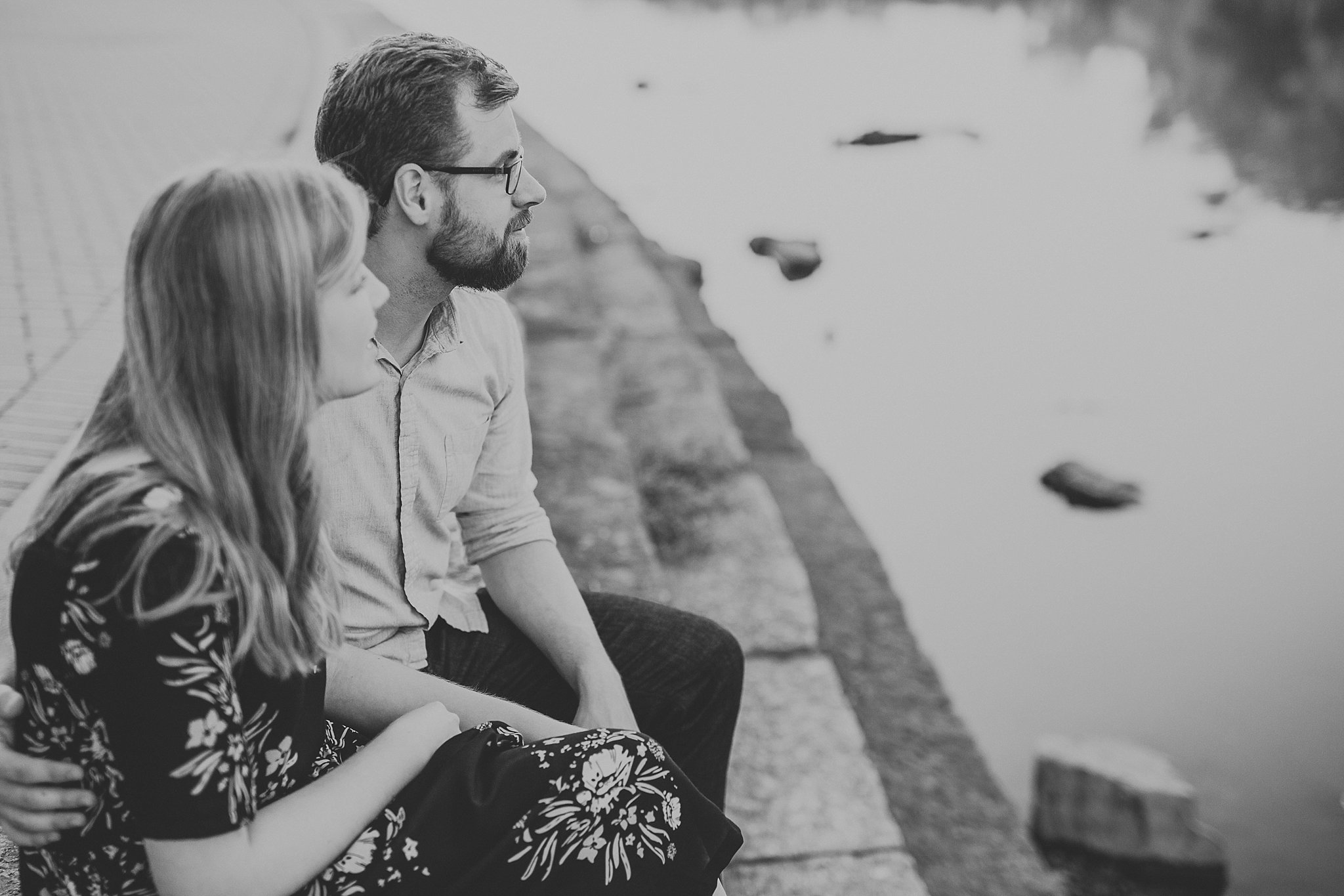 peter-katelyn_chicago-engagement-session_west-dundee-raceway-woods_0019.jpg