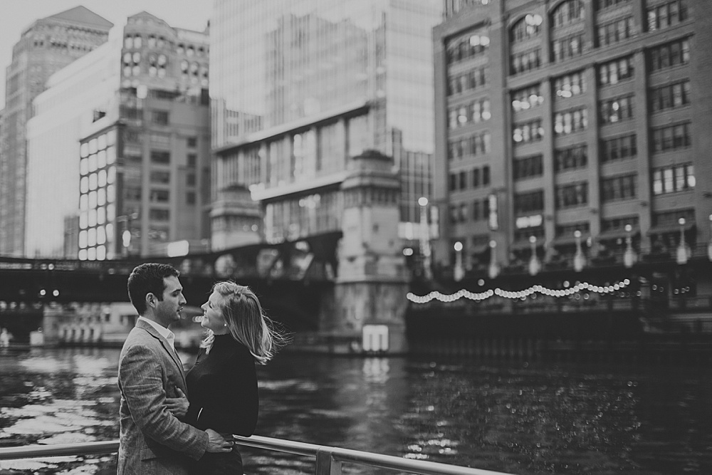 Matt-Erica_Chicago-Engagement-Session_Liller-Photo_0011.jpg