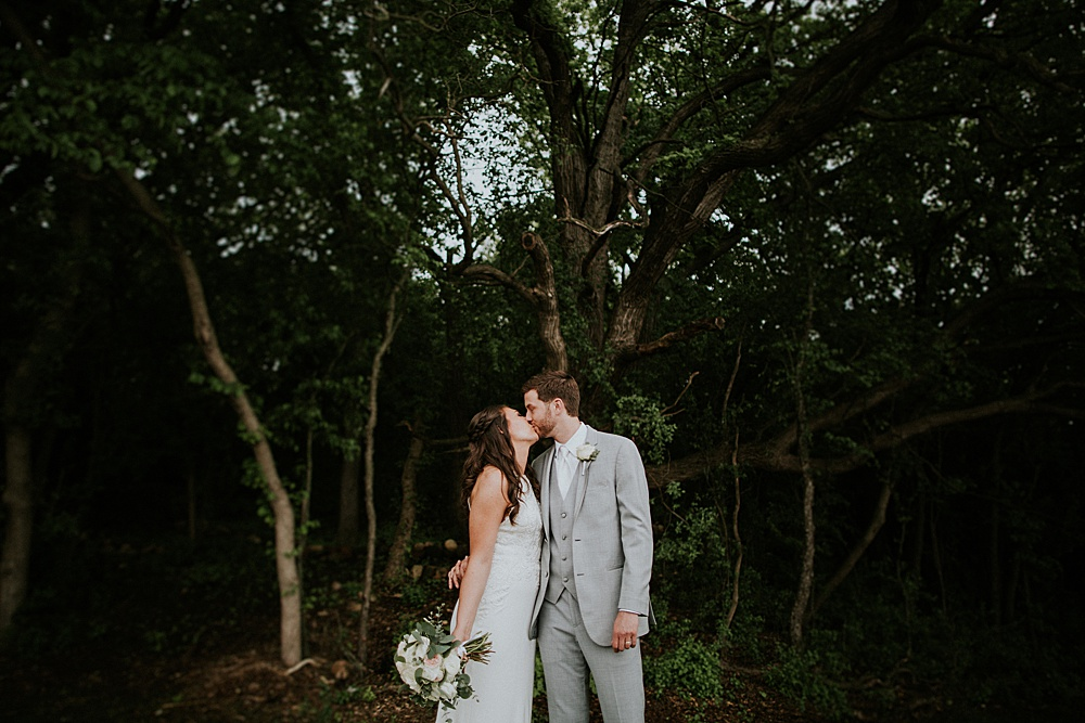 fête of Wales Wedding - Liller Photo - Milwaukee Wedding Photographers
