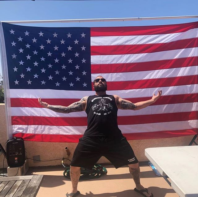 Have a fun and safe 4th of July everyone! Hopefully most of you have the day off so spend time with your loved ones and remember never to drink and drive. . #merica #4thofjuly #deadweightstrength #instagood #repost #sandiego #usmc . @_el_oso_chingon_