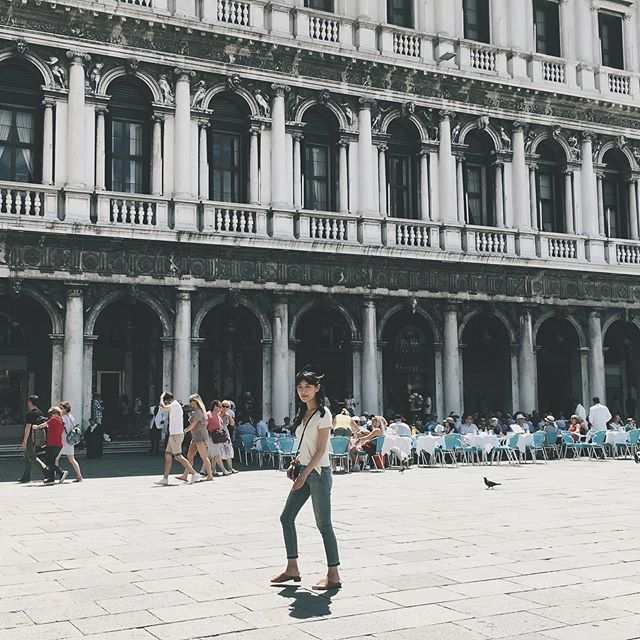 Last day in Italy. #tryingtoblendin #thebestcoffee #venice