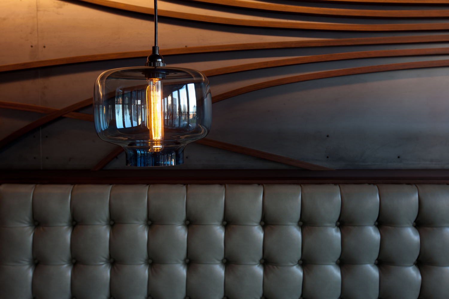 8_banquette close up.jpg