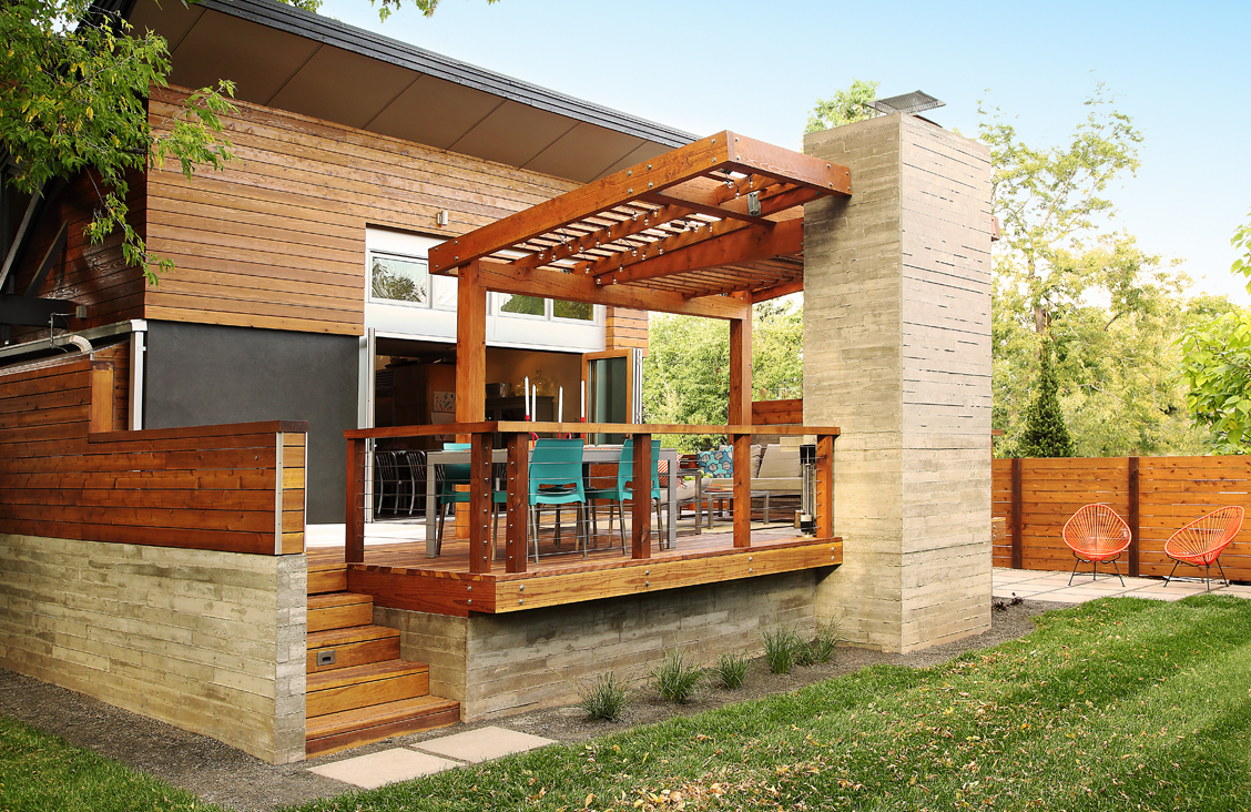 Buildwell Deck 4 copy.jpg