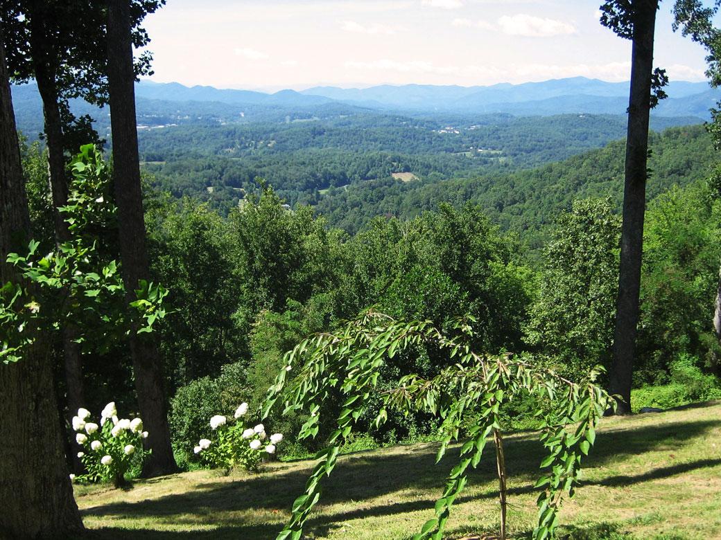 Ridgetop Quilters Retreat Mountain View Scenery