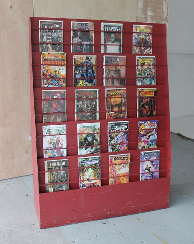 Two stands for your M😃ARVELous comics! For rent now at Eclectic! #eclecticencoreprops #proprental
