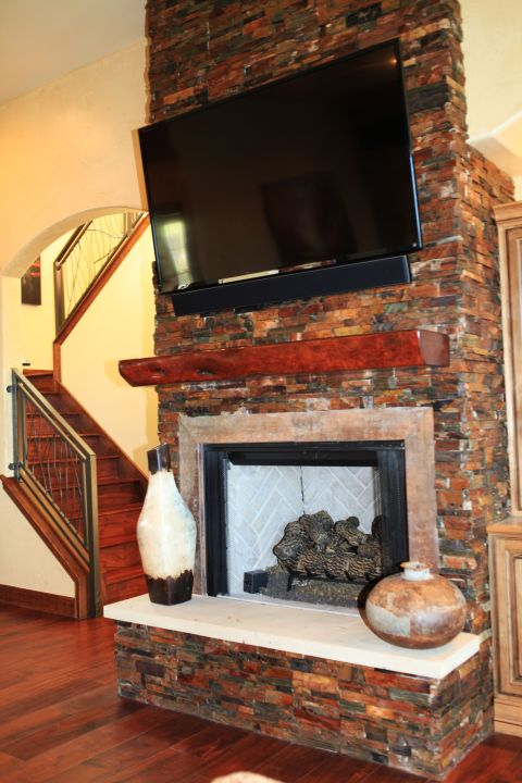Waterside_Drive - FIREPLACE.JPG