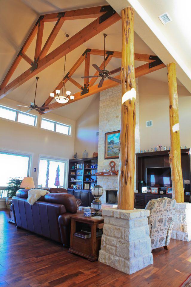living room - angle 3.jpg