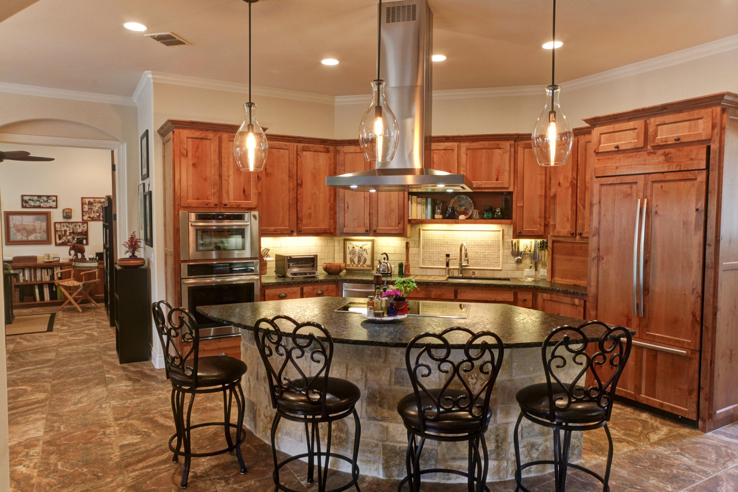 kitchen - 1.jpg